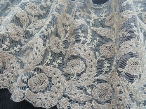 """Vtg Antique Intricate Leavers Chantilly Lace Tambour Accents 6""""X55"""" Champagne"""