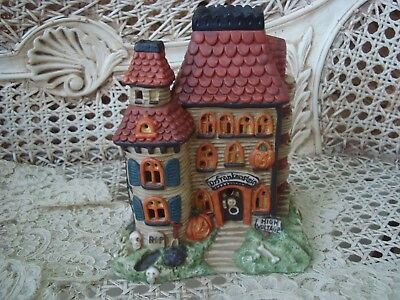 MIDWEST OF CANNON FALLS DR. FRANKENSTEIN'S CASTLE HALLOWEEN VILLAGE HOUSE *NEW (Halloween Frankenstein Castle)