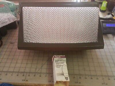 Cooper Lighting 100 Watt Metal Halide Wall Pack Light Fixture With Bulb