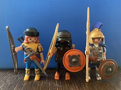 Playmobil Bundle 5 Soldiers, Warriors, Archers. Robin Hood. Excellent Condition