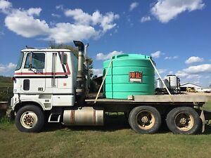 4640 spray coupe w/ truck and trailer