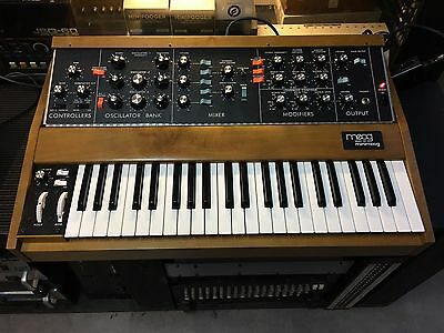 Moog Minimoog Model D Reissue   100   Analog Synth   44Keys   Used    Armens