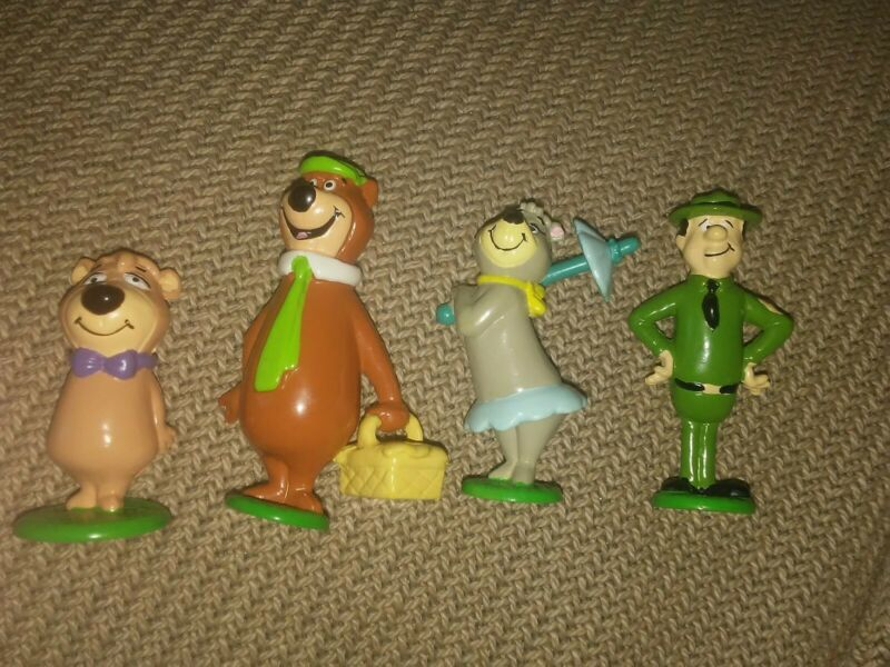 Yogi Bear cartoon Hanna Barbera characters plastic PVC figures Applause Boo Boo