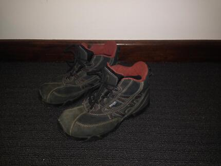 Geox All-Dry Winter Boots Size 1 As New