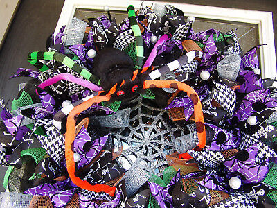 Colorful Itsy Bitsy Spider Halloween Deco Mesh Front Door Wreath, Porch Patio  (Halloween Front Porch)