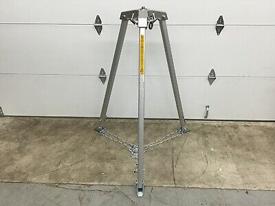 Honeywell Miller - 517ft Confined Space Tripod