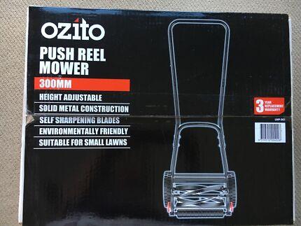 ozito push reel mower
