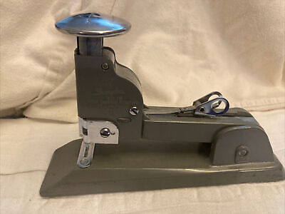 Vintage Swingline Stapler Long Island Ny Pat.no. 2136374 Made In Usa 13