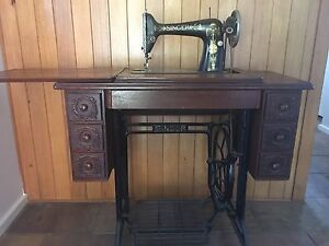 Treadle Sewing Machine Henley Beach Charles Sturt Area Preview