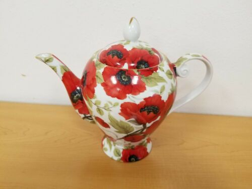 "Caldo Freddo Porcelain Tea Pot with Red Poppies - 8 1/2"" in Height"