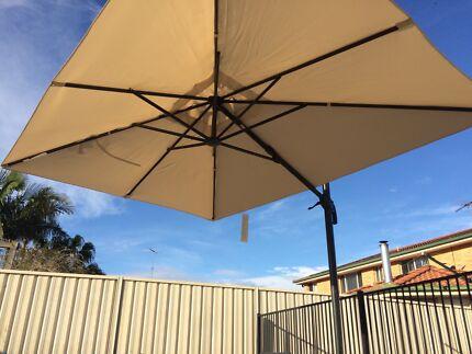 massive 2m x 3m shade umbrella. Cecil Hills Liverpool Area Preview