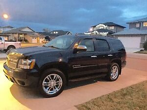 2008 Chevy Tahoe LT 8 seater!!