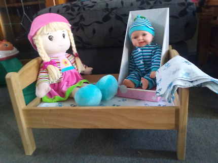 Solid wood doll bed +bn doll +soft doll vgc.