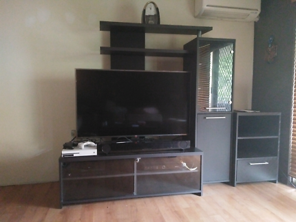 TV Wall Unit | Entertainment & TV Units | Gumtree Australia ...