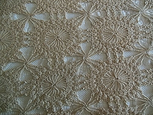"""Vintage Ecru Chrocheted Lace Table Cloth 74"""" x 64"""" Excellent Condition"""