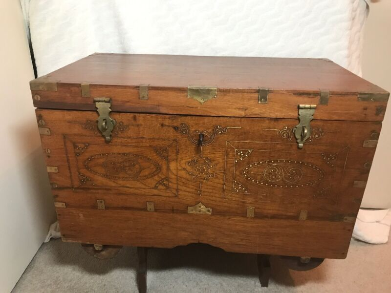 Very Rare Indian Teluga Kavidipetti Marriage Dowry Chest With Wooden Wheels