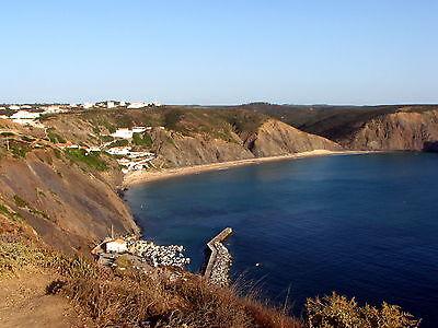 In Arrifana und Umgebung gibt es Wellen für jede Könnensstufe.