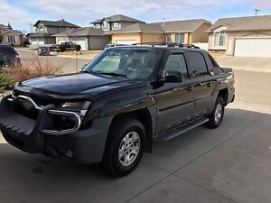 2002 Chevrolet Avalanche Z71 ***Priced to Sell ***