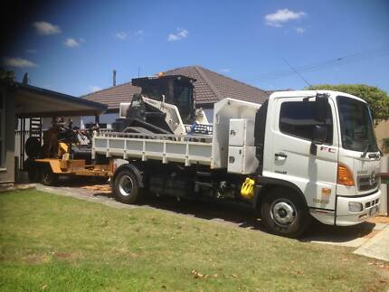 Bobcat (Posi track) / Tipper Service. 18 years experience