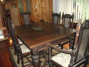 Antique English oak 7 piece dining suite reluctant sale Wangi Wangi Lake Macquarie Area Preview