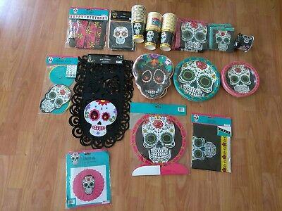 Dia de los Muertos Day of the Dead Birthday Party Supplies Bundle (Dia De Los Muertos Supplies)