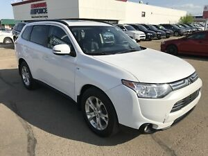 2014 Mitsubishi Outlander GT | LEATHER/SUNROOF/BLUETOOTH