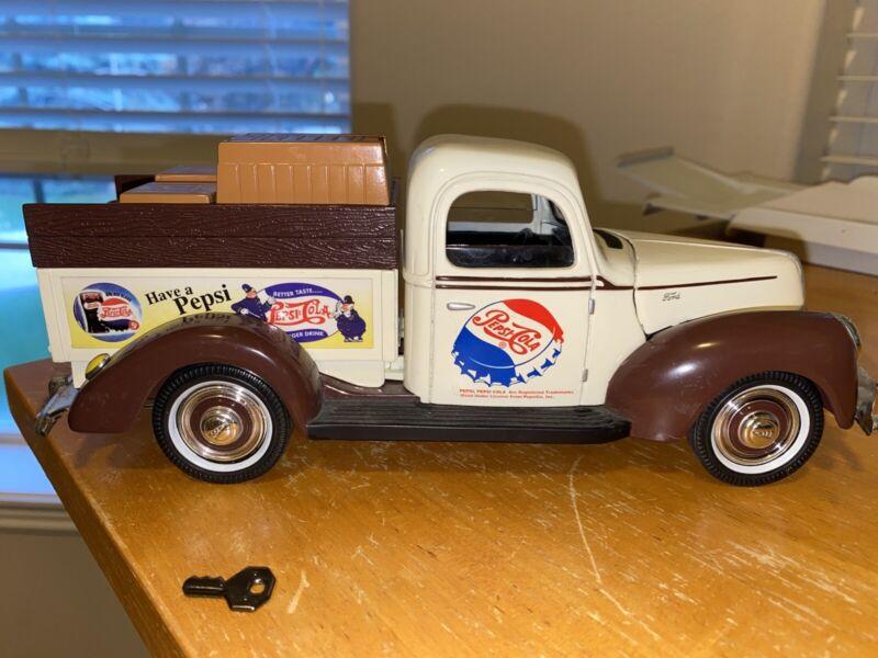 "Vintage? Die Cast  Golden Wheels Pepsi-Cola Truck Piggy Bank With Key 9"" Long"