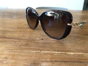 Beautiful Oversized Tiffany Sunglasses