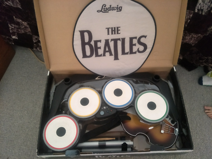 Xbox 360 Beatles Limited Edition plus extras