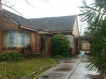 urgent break of lease. one room Bakery Hill Ballarat City Preview