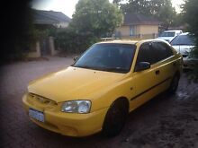 2000 Hyundai Accent 4 door Willagee Melville Area Preview