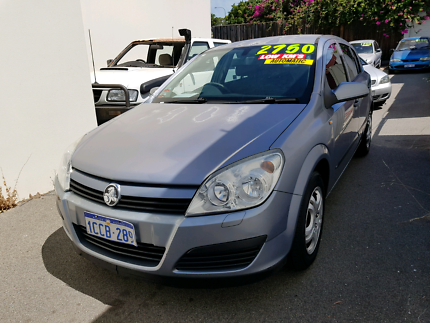 2005 holden astra classic ts 5d auto low km cars vans utes 2005 holden astra automatic hatchback fandeluxe Images