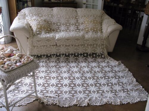 Vintage Ecru Crochet Fringe Canopy Tablecloth Bedspread King Queen 90x108