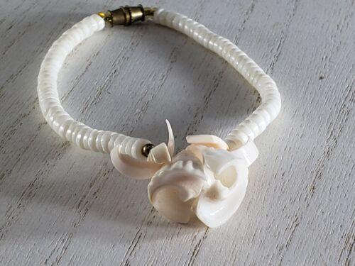 Vintage Shell Flower Bracelet  Barrel Clasp UNIQUE