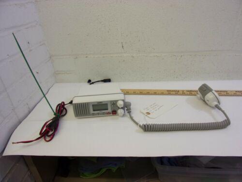 Uniden UM385 Fixed Mount 25 watt Marine VHF Boat Radio White