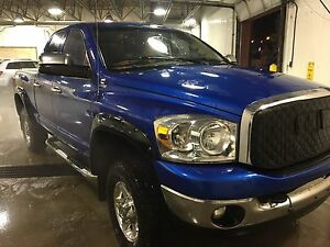 2008 Dodge Ram 2500 Cummins Turbo-QuadCab/ Autostart/New Tires