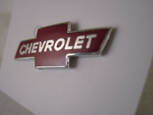 Chevrolet   logo lapel pin    red