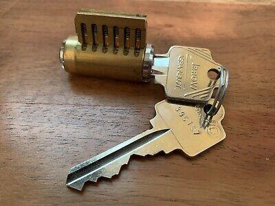 Arrow Cutaway Lock 6-pin Rekeyable Cylinder For Instruction Demonstration