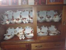 Royal Albert Old Country Rose Dinner Set. 64 pc 6 place setting. Port Lincoln Port Lincoln Area Preview