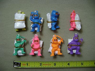 8x Ninja Parachute Guys (NEW) Toy Soldier Men Party Favors - Parachute Men