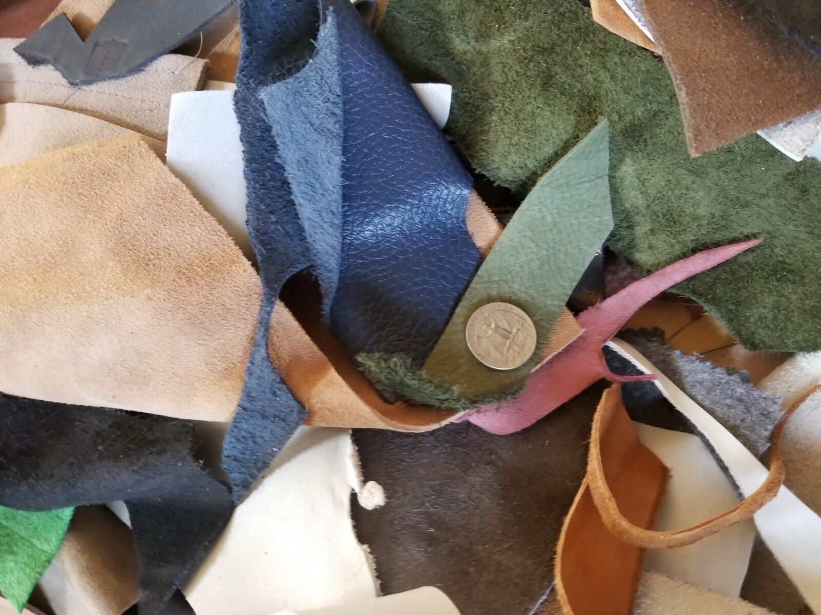 4 Pound Mixed Scrap Leather Suede Pieces Remnants, Various Colors Weights Size - $12.99