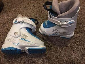 Size 15.5 kids ski boots