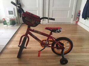 Super bicyclette flash McQueen presque neuve!!! 75$