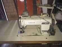 Automatic Industrial Sewing Machine (Singer) Woodridge Logan Area Preview