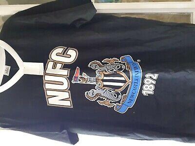 Mens Newcastle United Football Club tshirt size M