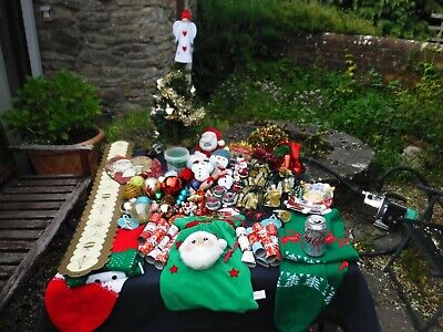 Large Lot of Christmas Tree Decorations & Christmas Accessories/Ornaments