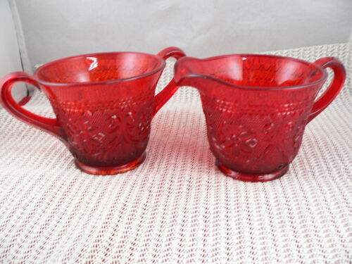 "SANDWICH PATTERN SUGAR & CREAMER "" RED"