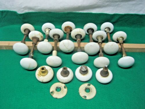 LOT OF VINTAGE WHITE PORCELAIN DOOR KNOBS 10 PAIR WITH STEMS, 4 INDIVIDUAL