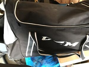 CCM JR rolling hockey bag