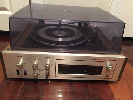 onkyo turntable. vintage onkyo turntable / record player solid state stereo amplifier